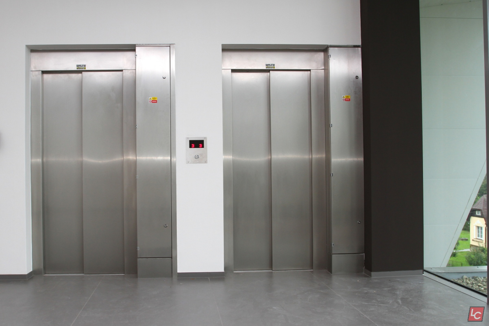 Stainless Steel Elevators : Lift doors stainless steel elevator in